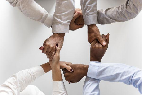 verbinding binnen uw bedrijf binden en boeien